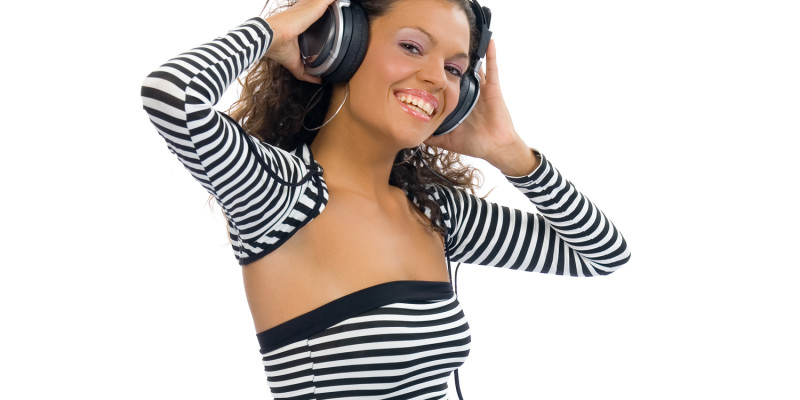brunette girl listening music